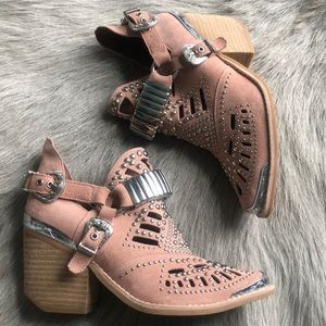 New Jeffrey Campbell Calhoun Pink Suede Boots 5